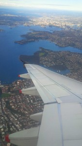 2015-04-19_Flying_Into_Sydney